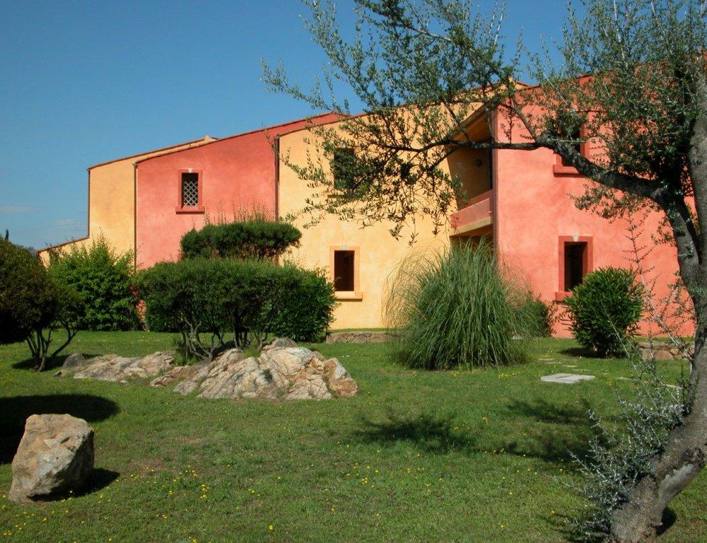 Porto Coda Cavallo Residence img8