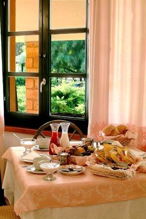 Hotel Sinis Vacanze Sa Pedrera bild3