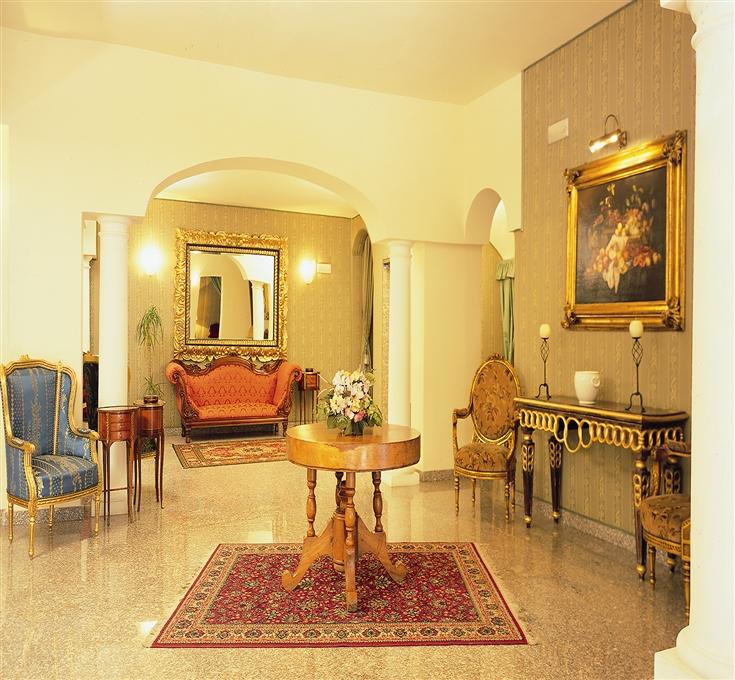 Colonna Palace Hotel Mediterraneo bild2