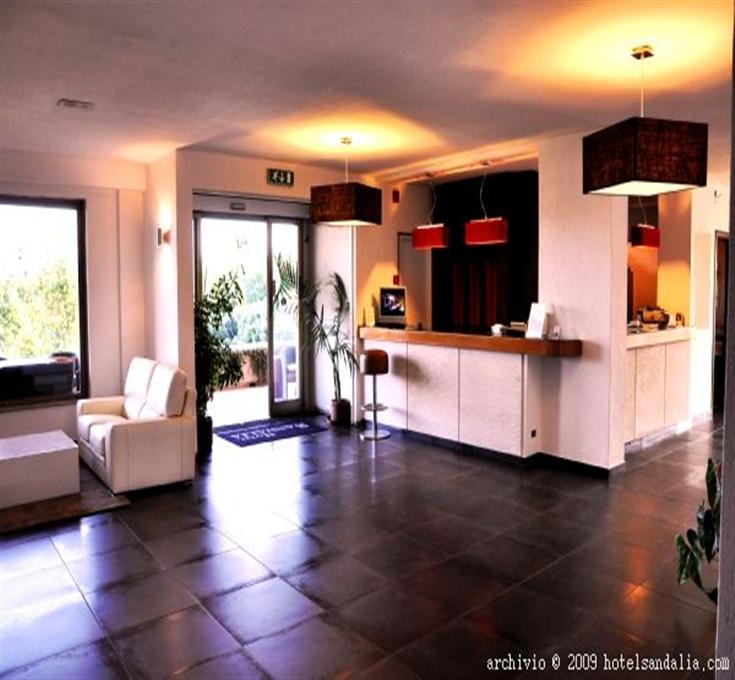 Hotel Sandalia img2