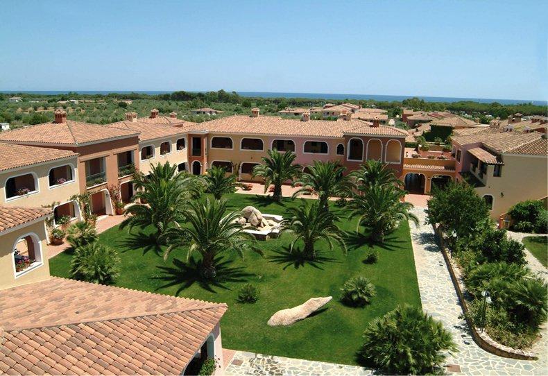 Hotel club i giardini di cala ginepro orosei hotel in sardinia - I giardini di cala ginepro ...