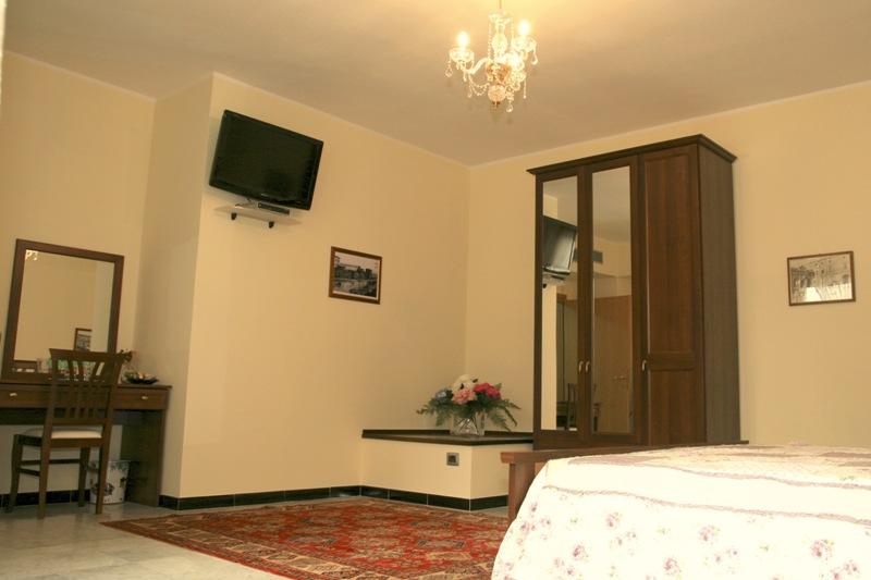 Tresor Petit Hotel image3