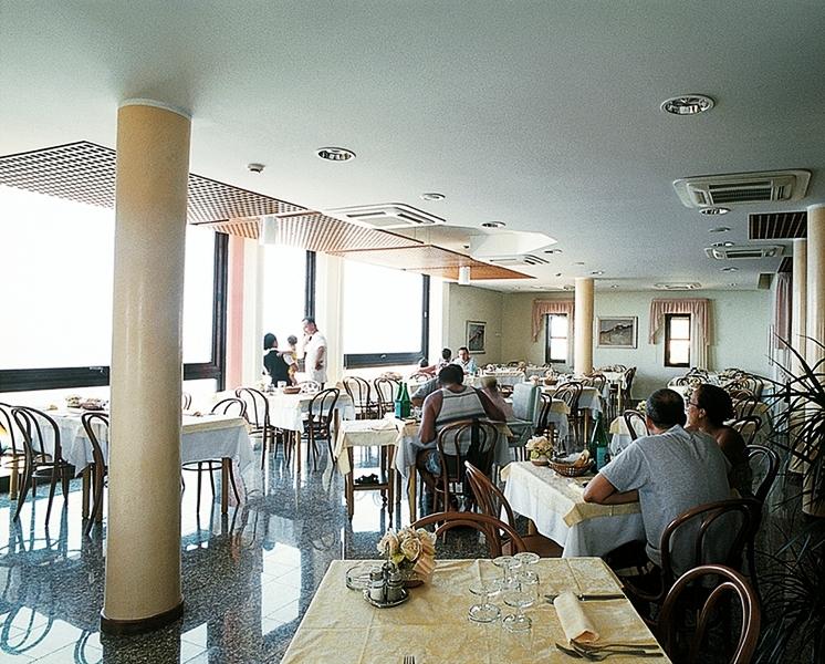 Hotel La Caletta img8