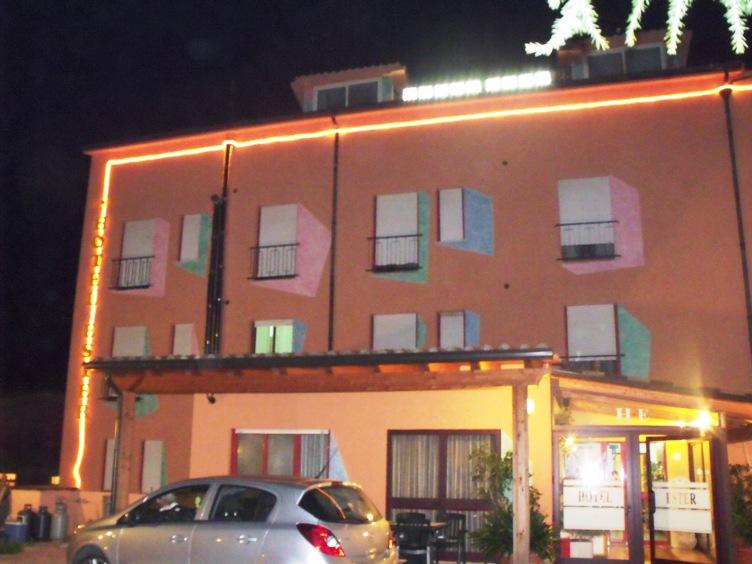 Hotel Ester bild1