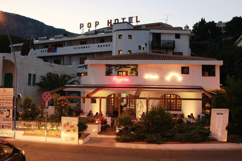 Hotel Pop bild1