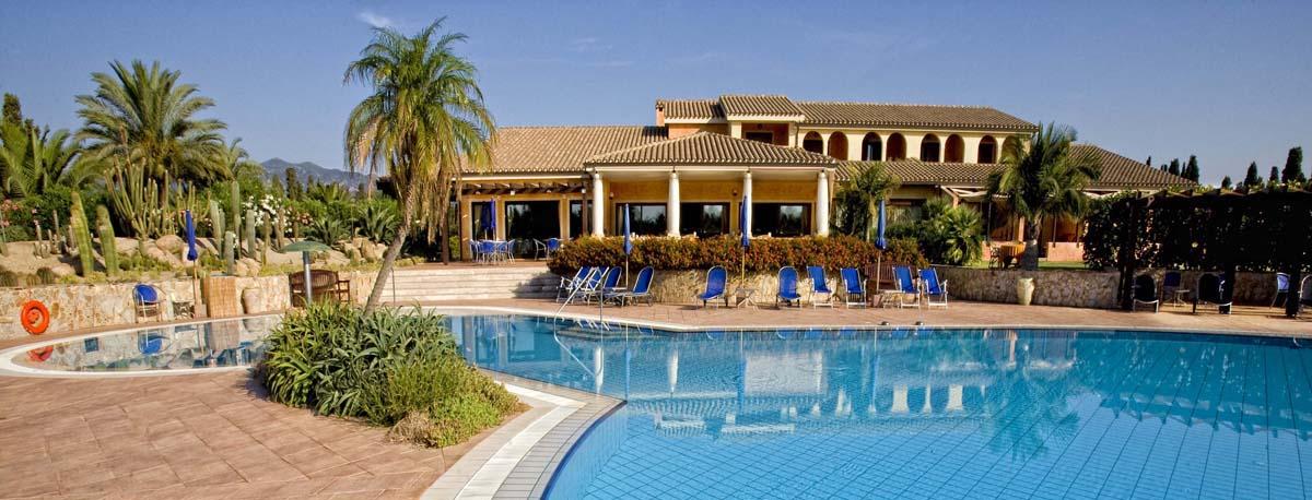 Lantana Resort Hotel bild8